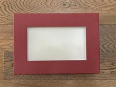 Коробка с прозрачным окном 38х27х8 см